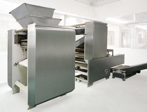 CE,IOS9001 Certificated Turnkey Biscuit Production line for snack food