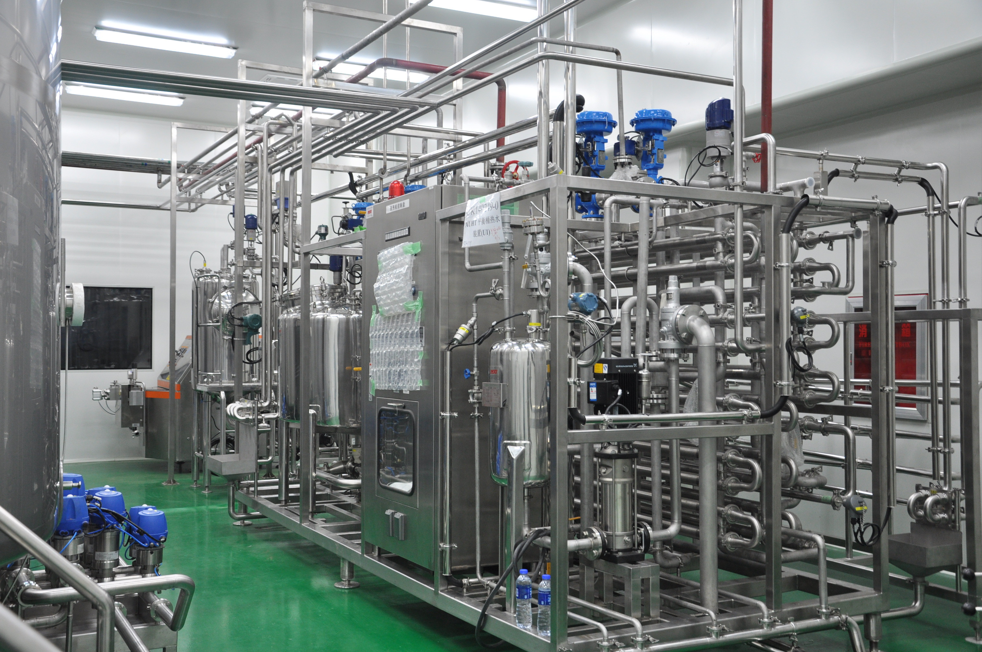 12000bph full automatic water bottling plant in china, bottled water
