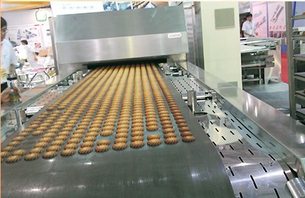 Small Capacity Automatic Industrial Biscuit Making Machine For Wide Range Shapes