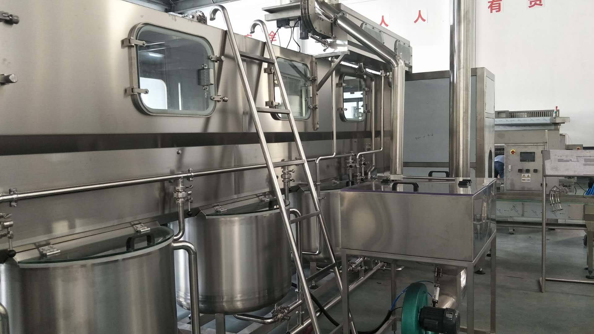 High Speed Automatic Drinking Water Production Line 5 Gallon For Pure Water