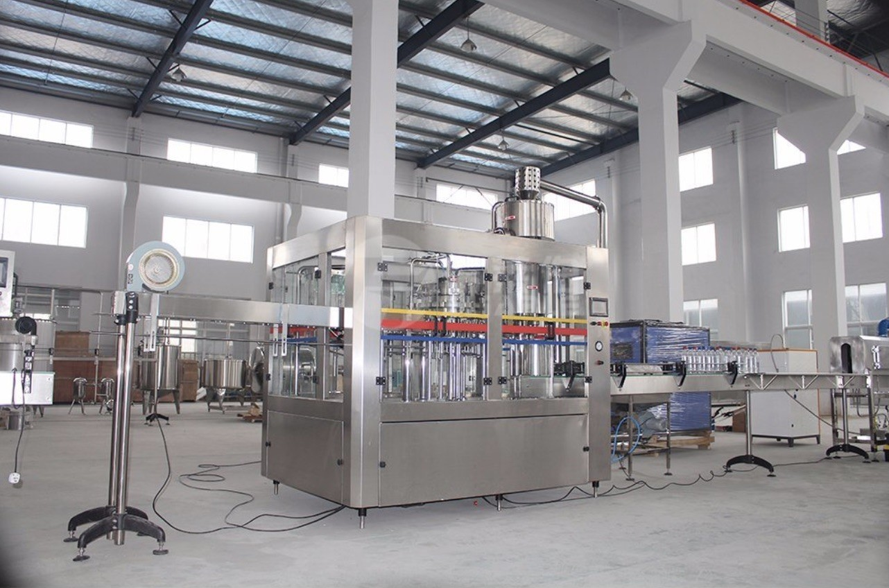 High Efficiency Carbonated Drink Production Line Washing Filling And Capping Machine