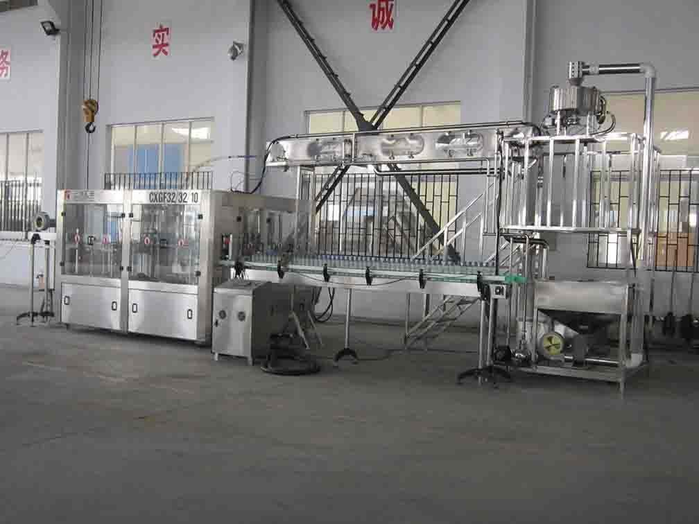 Small Scale Soda Bottling Equipment , Carbonated Soft Drink Production Line Glass Bottle