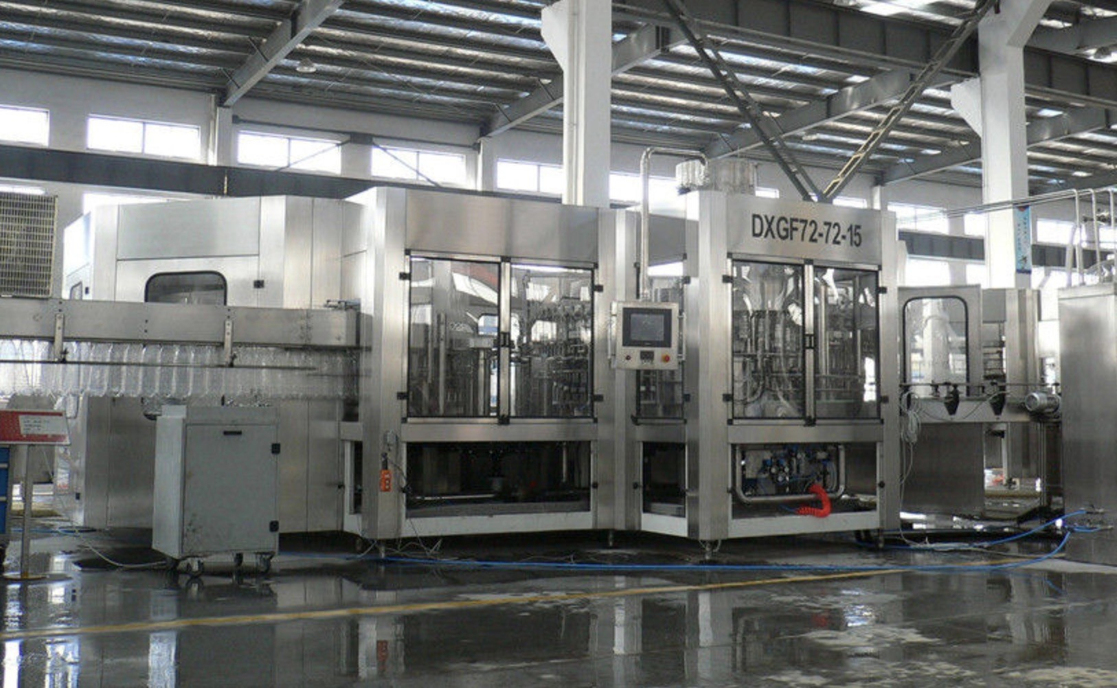 Complete Automatic Juice Filling Machine , Carbonated Beverage Filling Machine