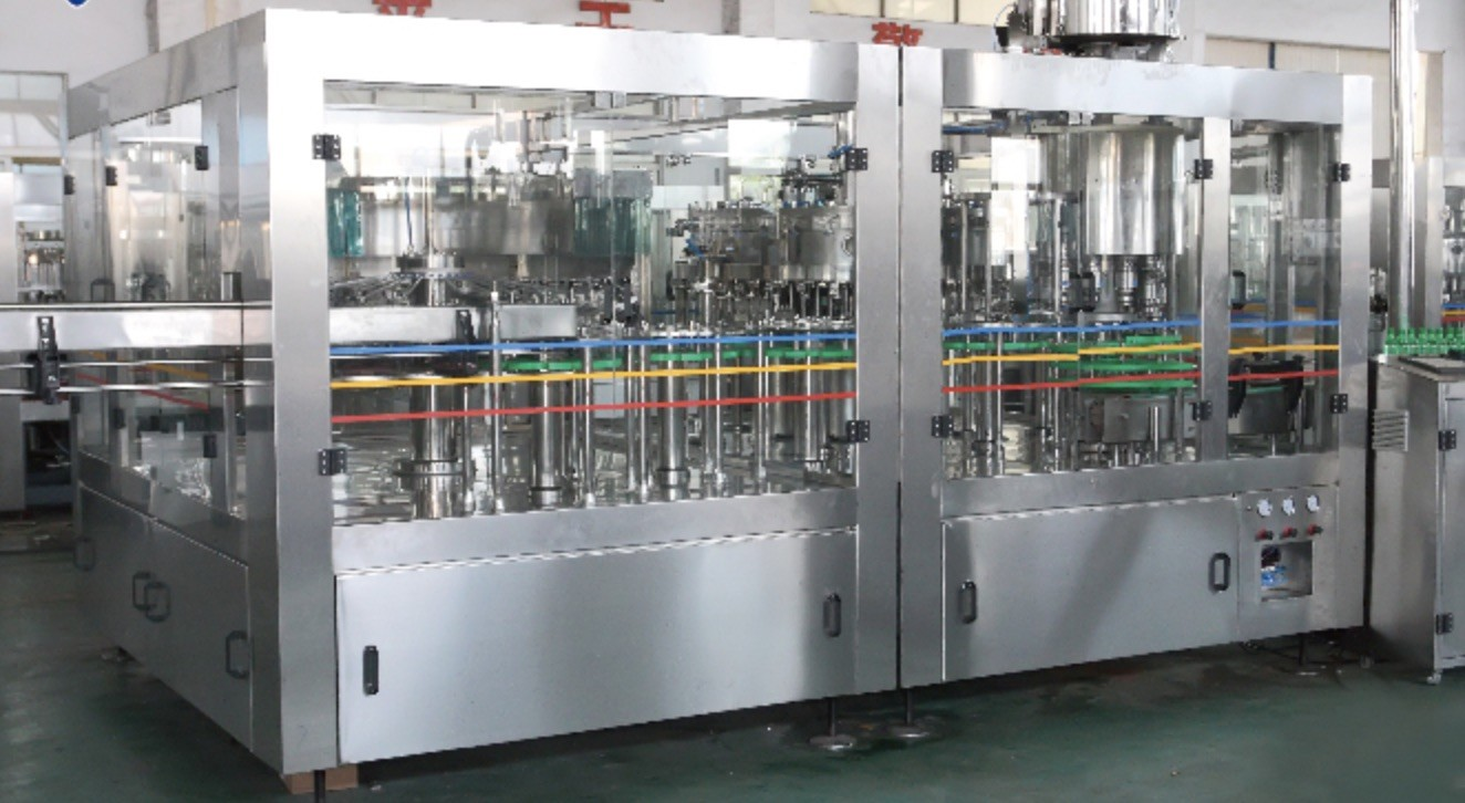 Plastic / Glass Bottling Automatic Filling And Capping Machine For Different Shapes