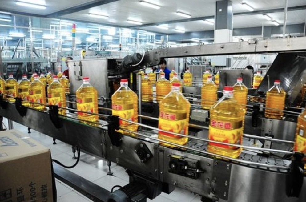 Automatic Bottled Edible Oil Production Line 5000 BPH -12000BPH For PET Glass / HDPE Bottle
