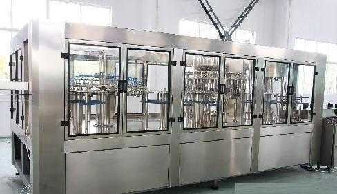 Small Beer Alcoholic Drink Production Line 100ml – 2500ml 12000 BPH Silver Gray