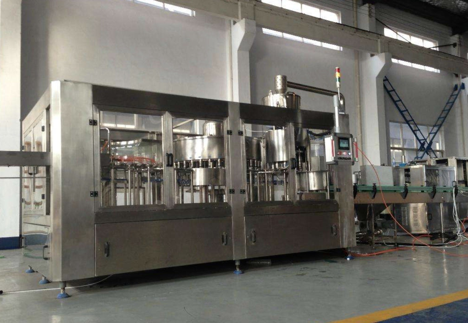 Turnkey Project CSD Carbonated Drink Production Line High Capacity 8000 BPH – 15000 BPH