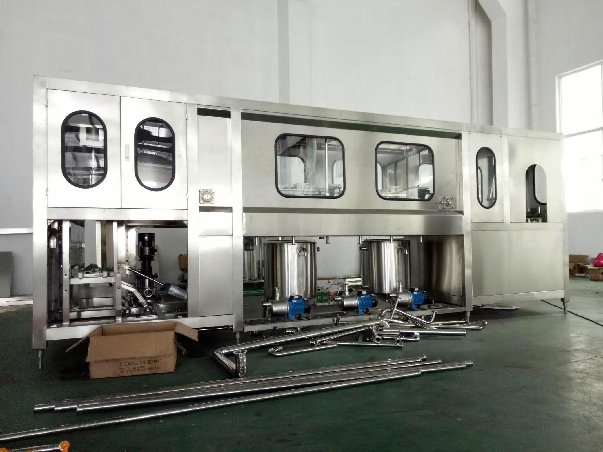 Fully Automatic Drinking Water Filling Machine 600-3000BPH For 5 Gallon PET Bottle