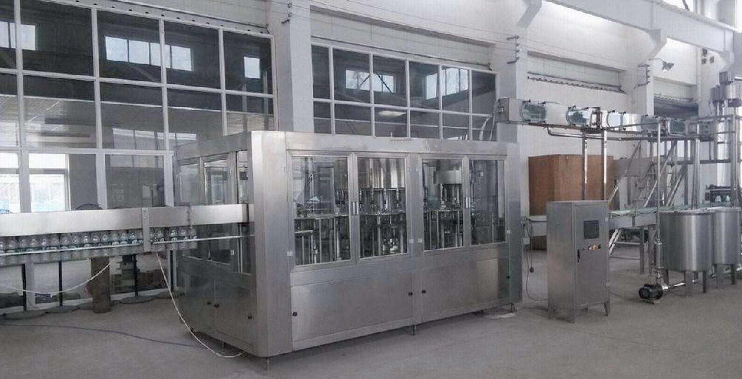 5000 BPH – 1200  BPH Complete Bottle Mineral Water Processing Filling Production Line